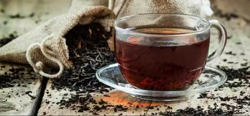 13 Health Benefits of Black Tea (Plus Potential Risks)