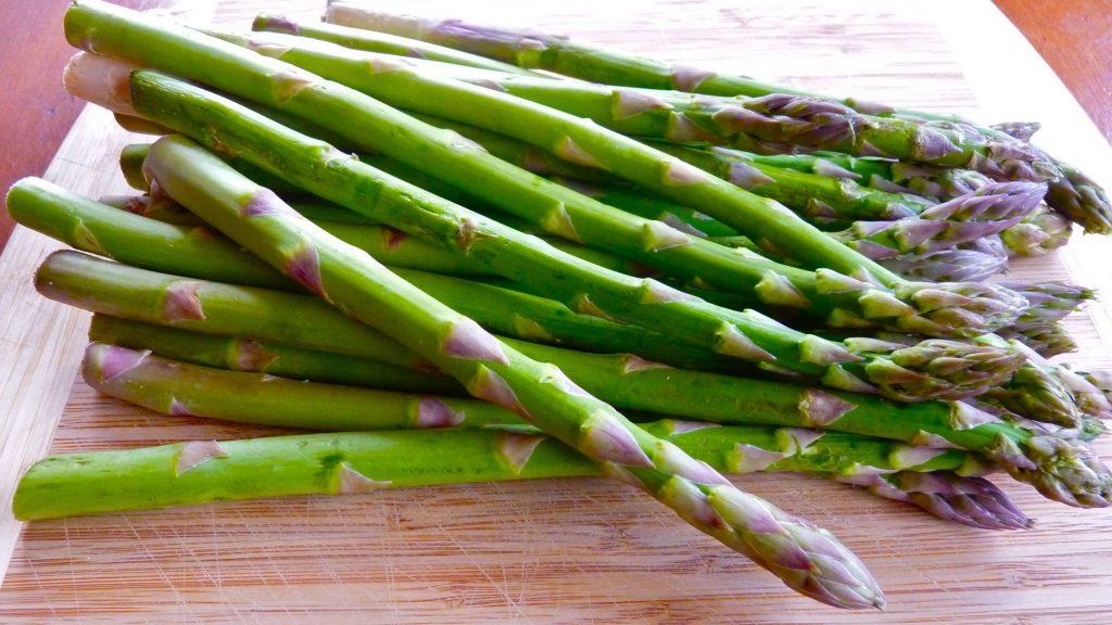 Asparagus helps in unclogging arteries